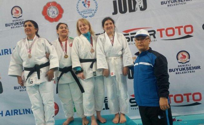 Malatyalı görme engelli judocu Türkiye 3'üncüsü oldu