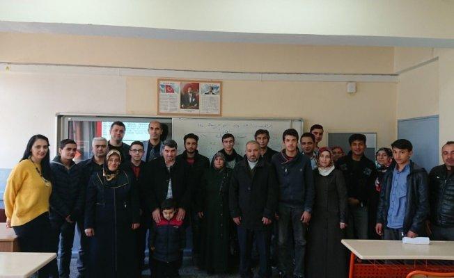 Malatyalı öğrenciler Avrupa'da staj yapacak