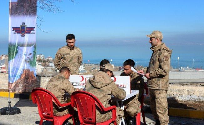 Van'da Mehmetçik İçin Kan Bağışı Yapıldı