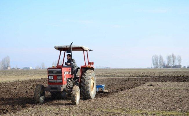 """Muşlu Çiftçilerden Şubat Ayında """"Buğday"""" ekimi"""