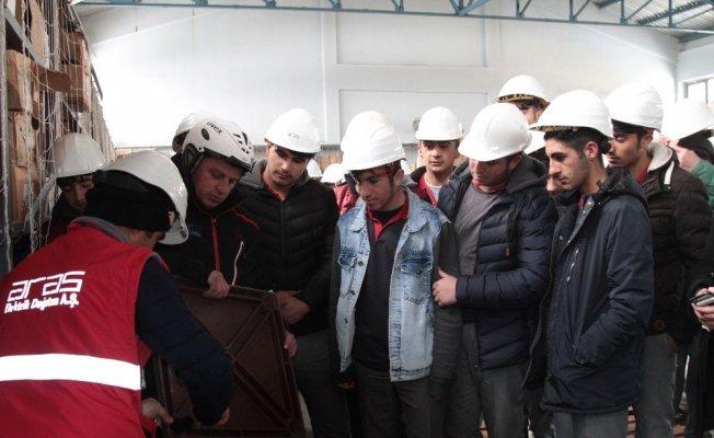 Öğrenciler Aras Edaş tesislerini gezdi