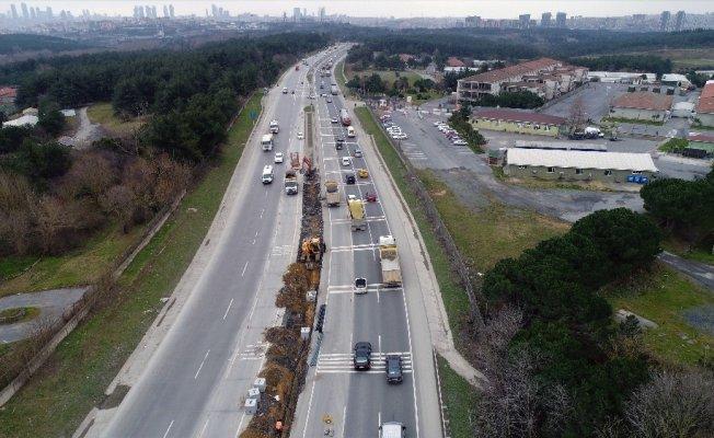 (Özel Haber) Hafriyat kamyonlarının yaşattığı tehlikeli anlar havadan görüntülendi