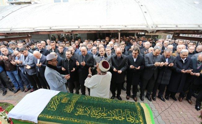 Vali Azizoğlu, babasını doğum gününde son yolculuğuna uğurladı