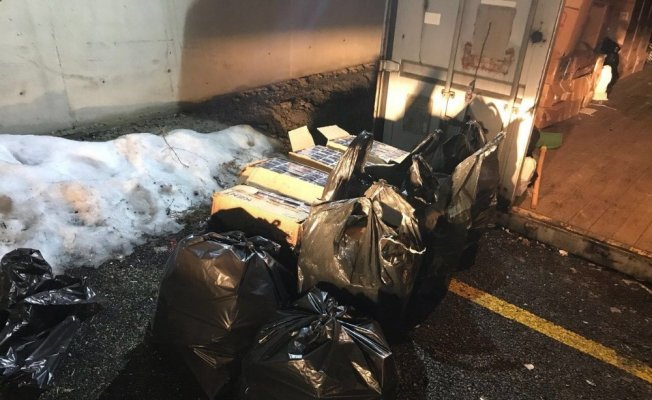 Van Gürpınar'da kaçak sigara operasyonu: 3 bin 225 paket Sigara yakalandı