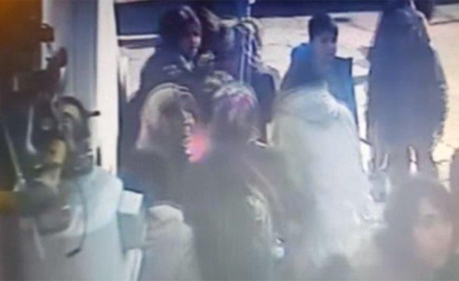 8 kişinin yaralandığı yürüyen merdiven kazası kamera