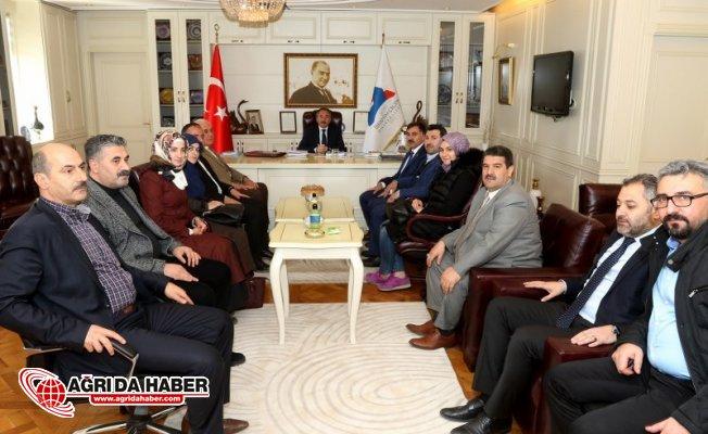 Ak Parti Ağrı İl Başkanlığı Ağrı İbrahim Çeçen Üniversitesi Rektörünü Ziyaret Etti