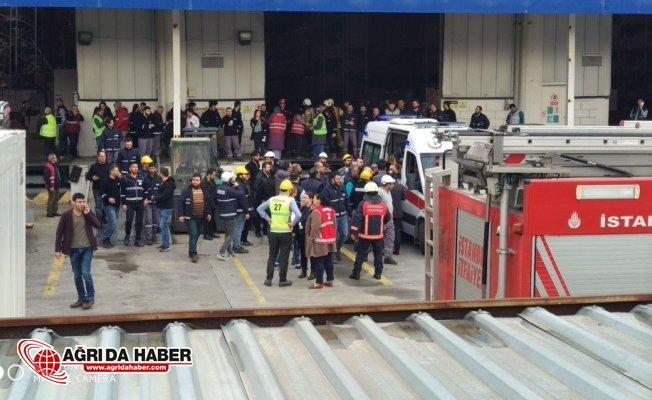 İstanbul'da Sanayide Raflar işçilerin üzerine düştü: 4 yaralı