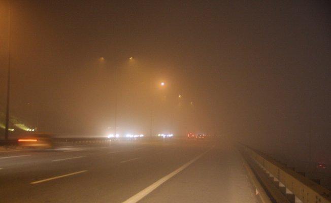 İstanbul'da gece boyunca sis etkili oldu