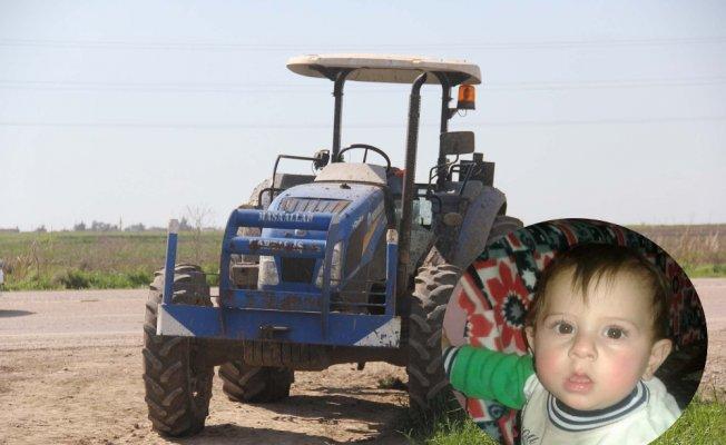 Traktörle 2 yaşındaki kuzeninin üzerinden geçti