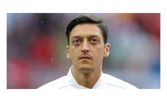 Alman Basını Mesut Yetmedi Nişanlısını Hedef Almaya Başladı!