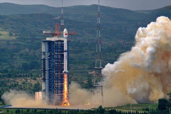 Çin Yeniden Uydu Gönderdi!