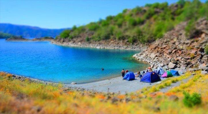 Tatilcilerin yeni durağı Martı Adası