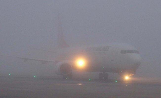 Ağrı'da Yoğun Sis! Uçak Seferleri İptal Edildi