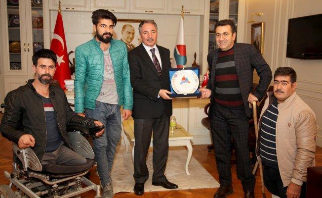 AİÇÜ Rektörü Abdulhalik Karabulut'a Anlamlı Ziyaret