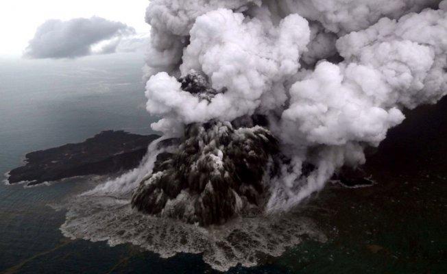 Tsunami Faciasında Ölü Sayısı 373'e Yükseldi