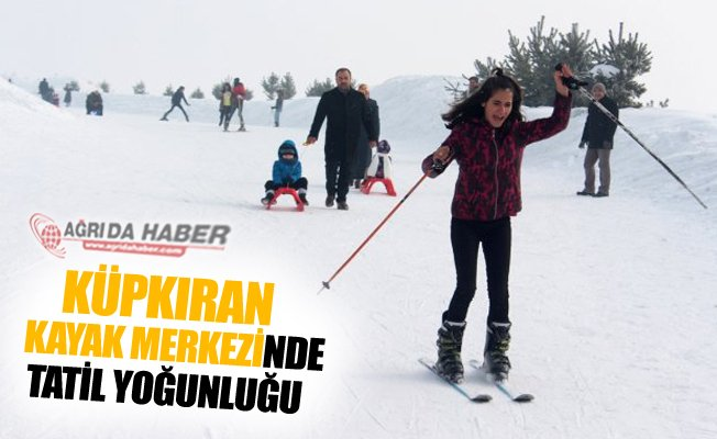 Ağrı Küpkıran Kayak Merkezinde Tatil Yoğunluğu