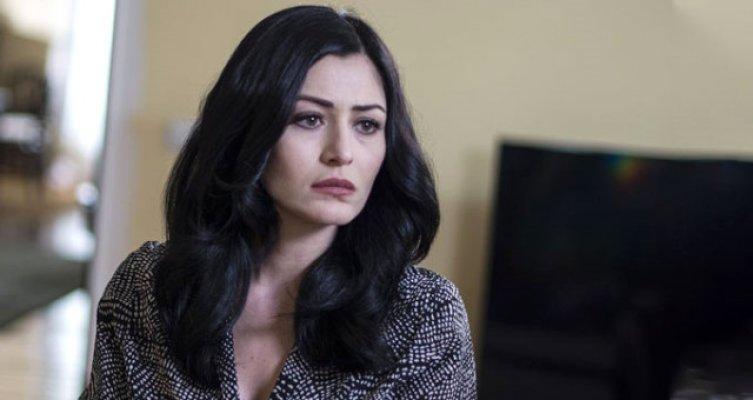 Başörtülü Kadınlara Hakaret Ettiği İddia Edilen Deniz Çakır'a Kötü Haber