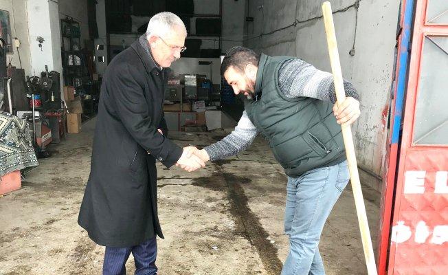 Saadet Partisi Ağrı Belediye Başkan Adayı Erat'tan Esnaf Ziyareti