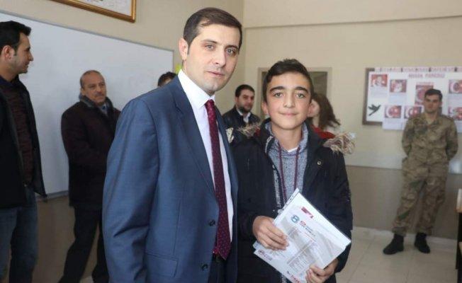 Tutak'ta Öğrencilerin karne heyecanı