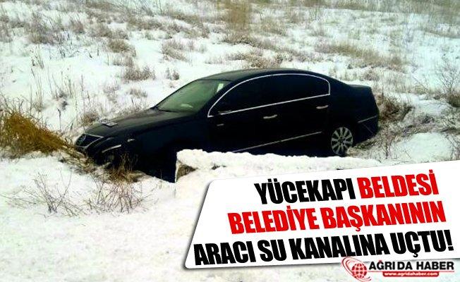 Yücekapı Belde Belediye Başkanının Aracı Su Kanalına Düştü!