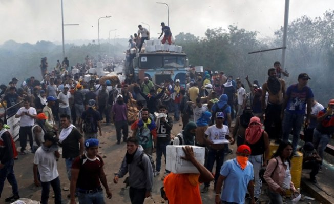 Venezuela'da Çatışma! 4 Ölü