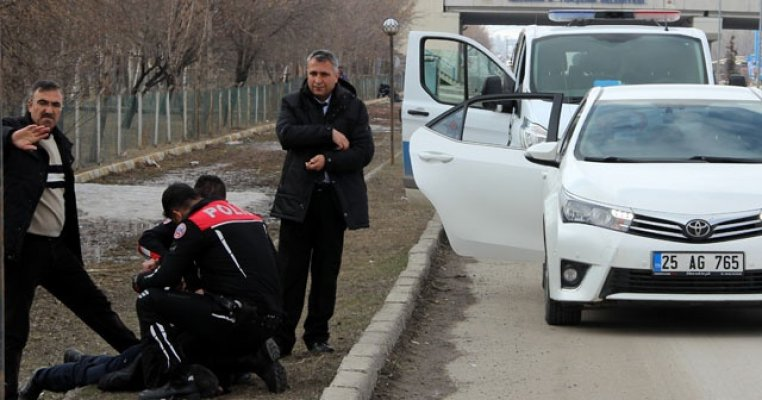 Erzurum'da 3 Çocuğunun Annesini Çocuklarının Gözleri Önünde Öldürdü!