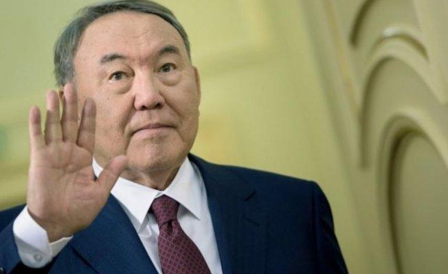 Kazakistan Cumhurbaşkanı Nazabayev 28 Yıllık İktidarın Ardından İstifa Etti