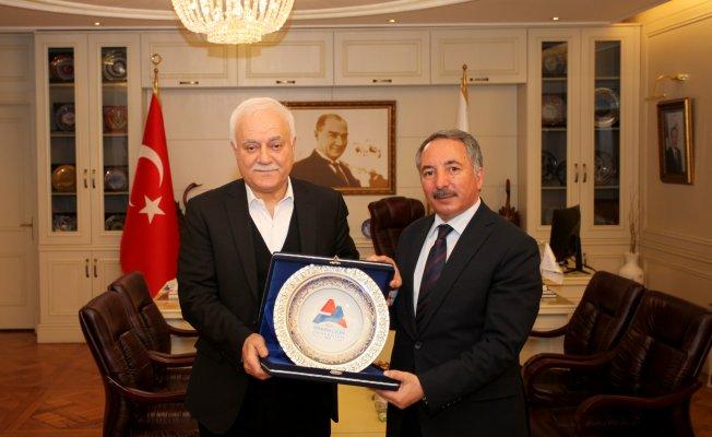 Prof. Dr. Nihat Hatipoğlu AİÇÜ Prof. Dr. Abdulhalik KARABULUT'u Ziyaret etti