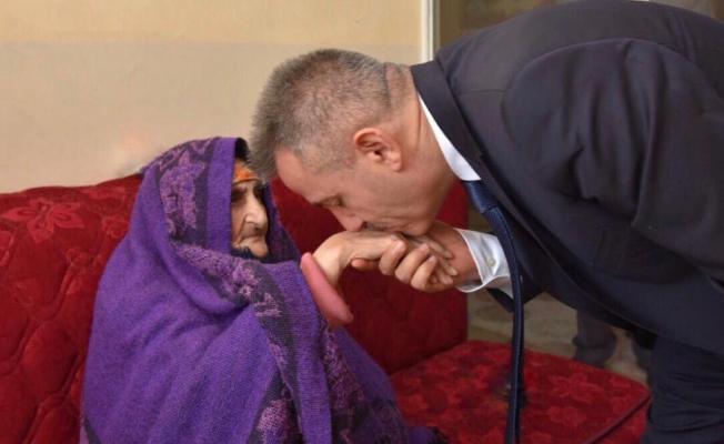 Ağrı Valisi Süleyman Elban'ın Anneler Günü Kutlama Mesajı