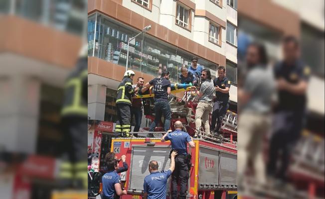 İntihar girişimini Polis Memuru Son Anda Engelledi
