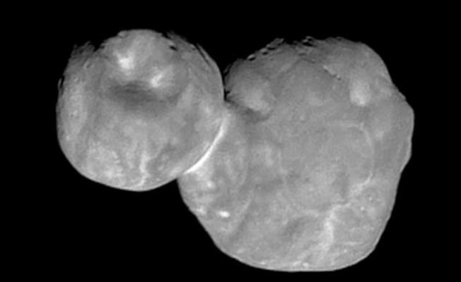 Pluto'nun Buzlu Kısmı Okyanusmu?