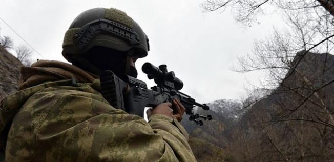 Teröristlerle Yakın Temasta 3 Asker Yaralandı