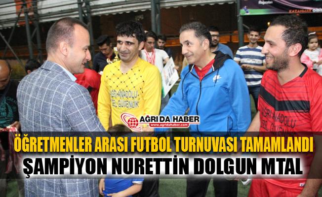 Ağrı'da Öğretmenler Arası Futbol Turnuvası tamamlandı