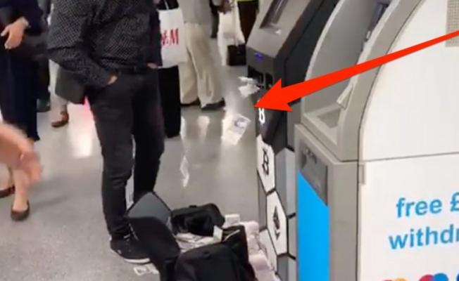 ATM Para Saçtı! Ne yapacaklarını Bilemediler!