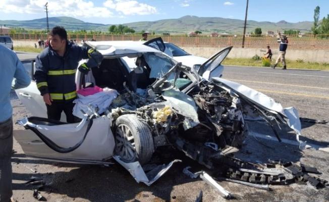 Erciş - Ağrı karayolu Trafik kazası: 3 Ölü 6 Yaralı