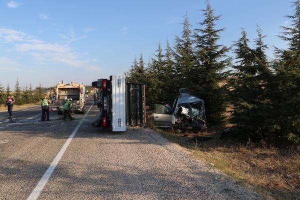 Eskişehir'de Trafik kazası! 2 ölü 2 yaralı