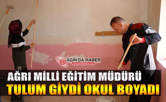 Mehmet Faruk Tekin Öğretmenlere Sürpriz Yaptı! Tulum giyip Okul Boyadı