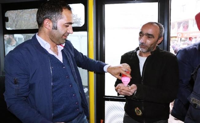 Ağrı'da Belediye Halk Otobüslerinde korona virüsü önlemleri