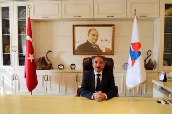 AİÇÜ Rektörü Abdulhalik Karabulut'un 14 Mart Mesajı
