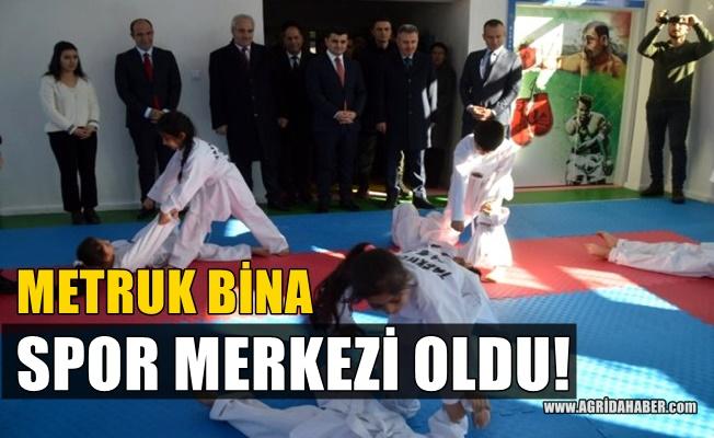 Eleşkirt'teki Metruk Binayı Kaymakam Sarı Spor Merkezine Çevirdi