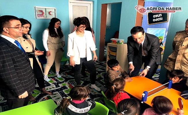 Milli sporcu Şafak Öztürk, Hamur'a Anasınıfı kazandırdı