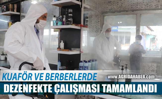 Ağrı Belediyesi kuaför ve berber salonlarında dezenfekte yaptı