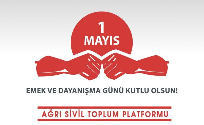 ASTOP, Önce Sağlıkçılar Diyerek 1 Mayıs'ı Kutladı