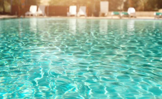 Deniz veya Havuzdan Koronavirüs Bulaşır mı?
