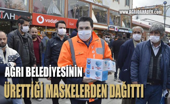 Savcı Sayan kendi Ürettiği maskelerden ücretsiz dağıttı