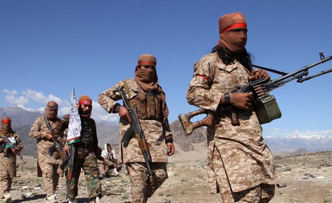 Taliban'dan Afganistan'da Yeni Saldırı! 2 Korucu Öldü!