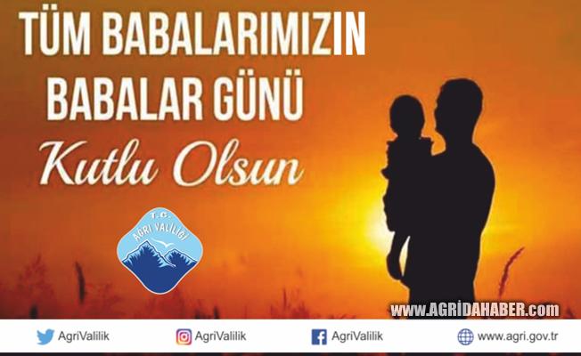 Ağrı Valisi Dr. Osman Varol Babalar Gününü kutladı