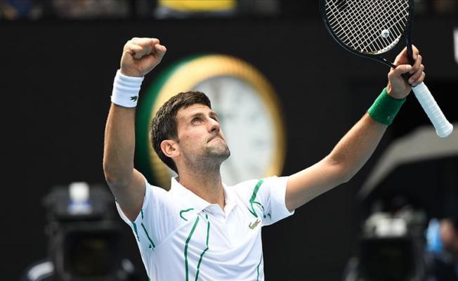 Dünyaca Ünlü Tenisçi Koronavirüse Yakalandı