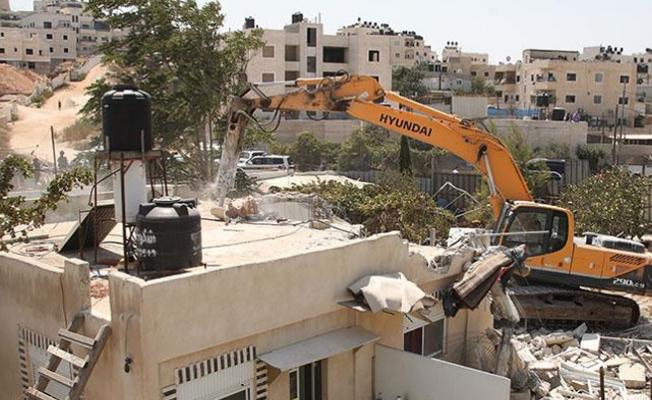 İsrail Kudüs'te bina yıkımlarına devam ediyor