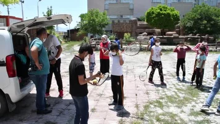 """Köy çocukları için """"Gezici Spor Timi"""" projesi"""